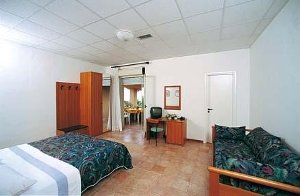 Camera Hotel