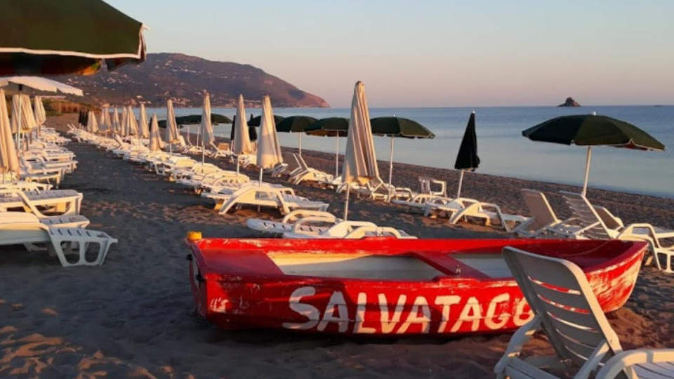 simenzaru_spiaggia_6.jpg
